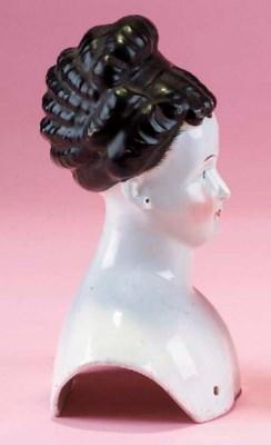 A china shoulder-head
