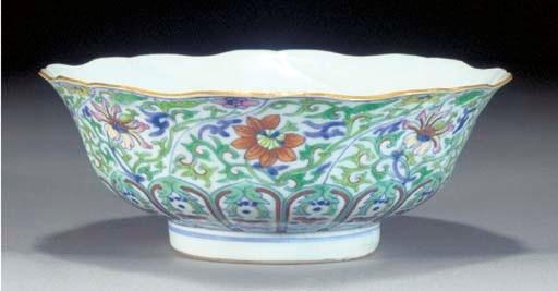 A doucai foliate rimmed bowl 1