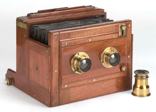 Stereoscopic tailboard camera
