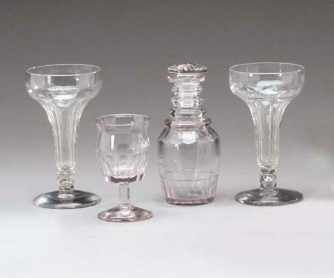 A SET OF FOUR GLASS ITEMS