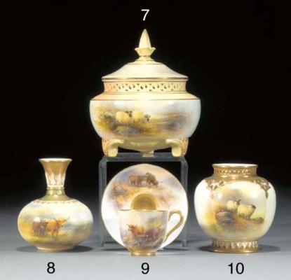 A Royal Worcester demi-tasse a