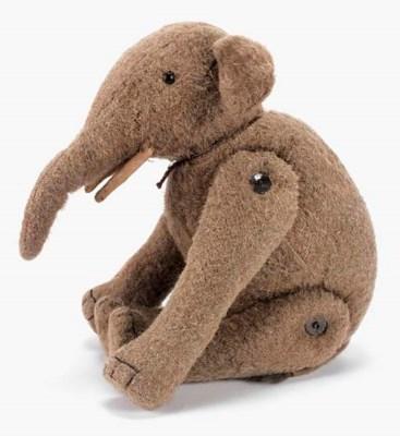 A rare Strunz elephant