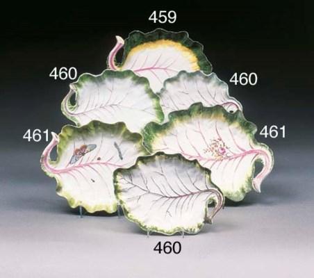 Three Worcester leaf dishes