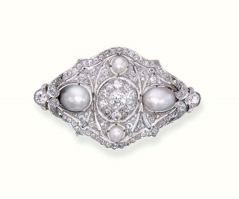 AN ANTIQUE DIAMOND AND PEARL B