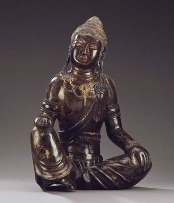 A RARE DRY LACQUER FIGURE OF G
