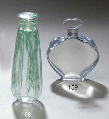 'CYCLAMEN', A GLASS PERFUME BO