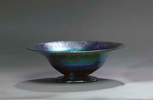 A BLUE FAVRILE GLASS BOWL