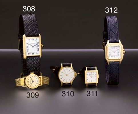 Cartier. An 18K gold square-sh