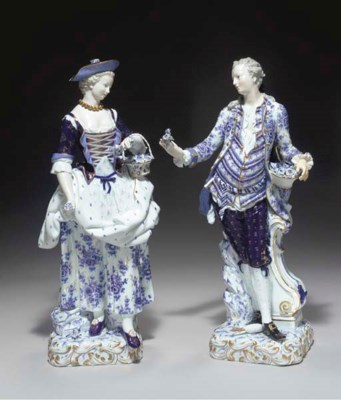 A PAIR OF MEISSEN BLUE AND WHI