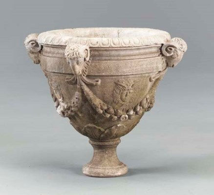 A NEOCLASSIC WHITE MARBLE URN,