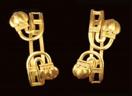 A PAIR OF GREEK GOLD BRACELETS