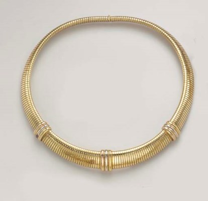 A YELLOW GOLD NECKLACE, BY CAR