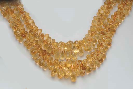 A TWO-STRAND CITRINE NECKLACE
