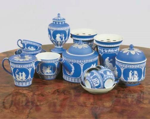 (25) A Wedgwood jasperware tea