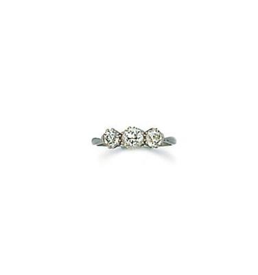 An old-brilliant-cut diamond t