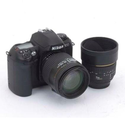 Nikon D100 digital camera no.