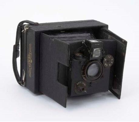 Idento hand camera no. 2401
