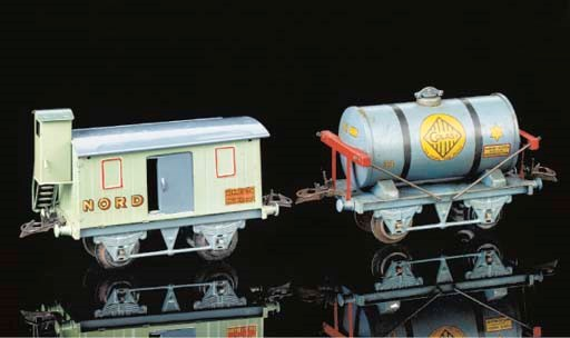 Hornby Series two-axle wagons