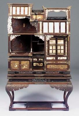 A JAPANESE CARVED ELM, IVORY,