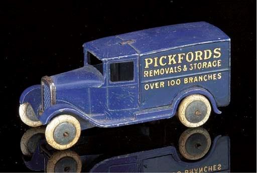 A pre-war Dinky lead 28b 'Pick