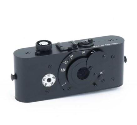 Leica UR replica camera