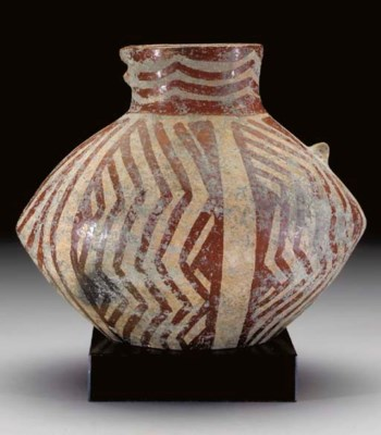 AN ANATOLIAN POTTERY VESSEL