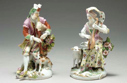 A PAIR OF DERBY FIGURES OF A S