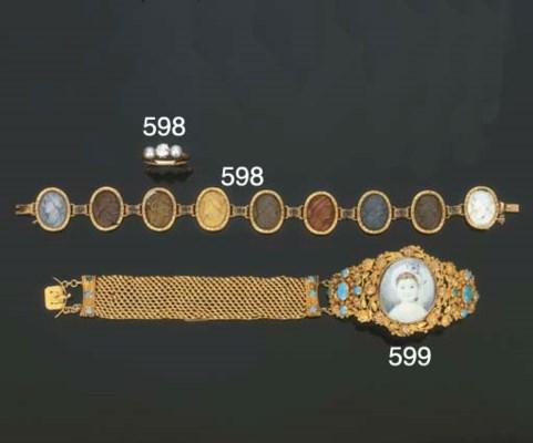 Antico bracciale in oro con tu