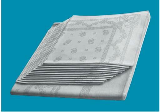 (13)A fine damask linnen table