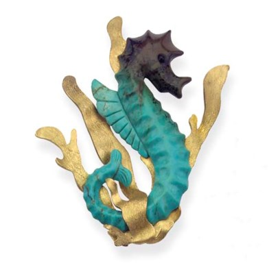 A GOLD AND TURQUOISE SEA-HORSE