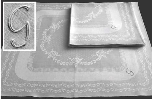 (10) A set of ten damask linen