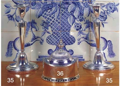 (4) A pair of Dutch silver can
