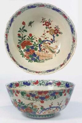 A Delft doré Kakiemon bowl