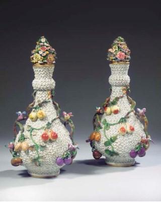 A pair of Meissen pattern Schn