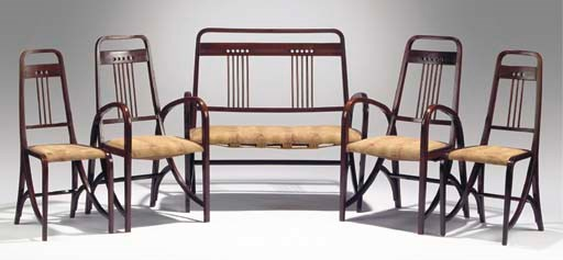 (5)  Suite Nr.511, a bentwood