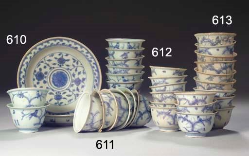 A SET OF SIX SIMILAR MING BLUE