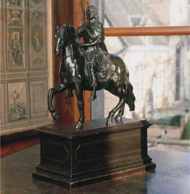 A FRENCH EQUESTRIAN BRONZE FIG