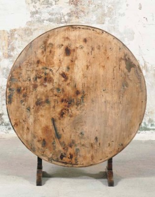 A FRENCH BEECH CIRCULAR WINE T