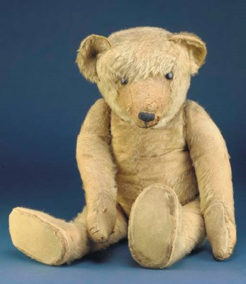 A large Strunz teddy bear