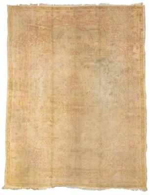 A Ushak carpet