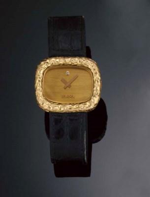 An 18ct. gold quartz wristwatc