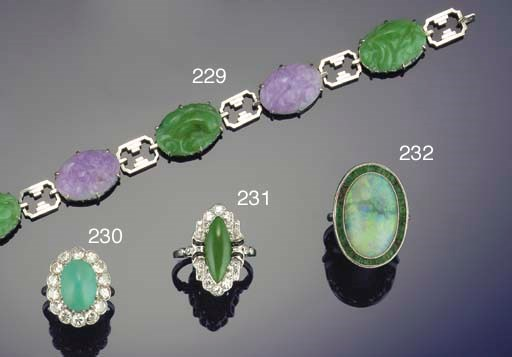 An Art Deco two colour jadeite