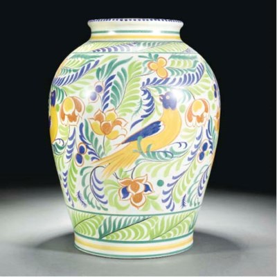 A POOLE POTTERY VASE BY SUSAN