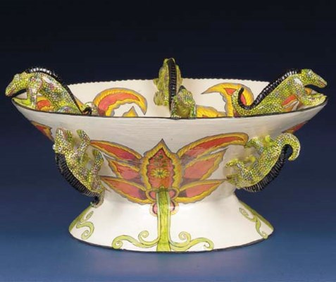 A chameleon bowl
