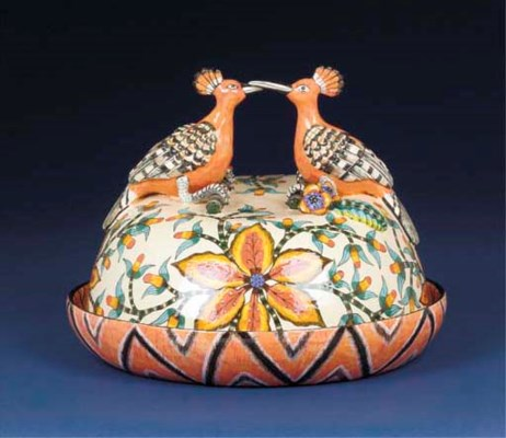 A hoopoe butter dish and cover