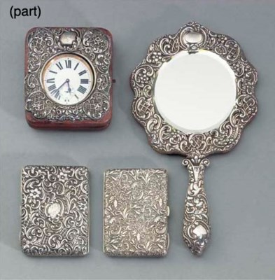 A COLLECTION OF SILVER-MOUNTED