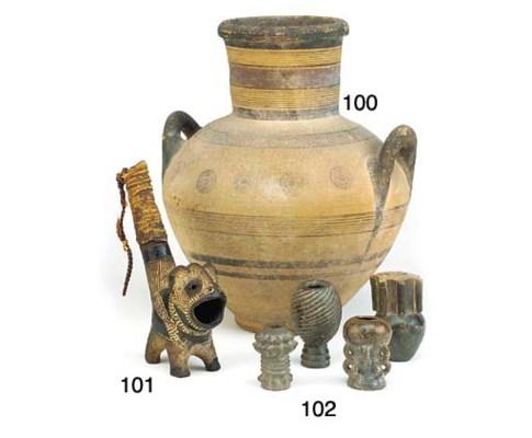 A Shilluk pottery pipe bowl