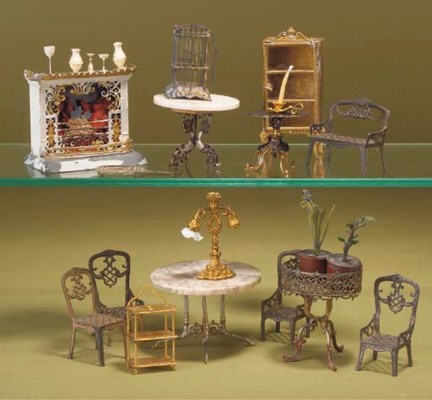 Metal dolls' house furniture