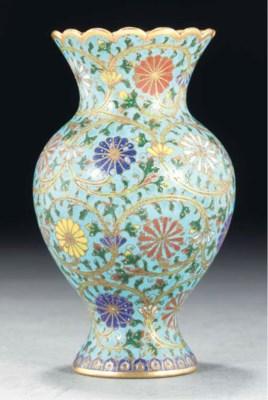A cloisonne vase, 18th Century