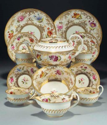 A Coalport part tea-service